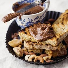 Make your own nutty butter Cooking Recipes, Hunger Games, Pantry, Butter, Food, The Hunger Games, Pantry Room, Butler Pantry, Chef Recipes