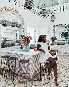 How do you guys typically choose where you stay during a holiday? I've gone through so many phases over the years, but now almost always look for location and inspiring interiors. This place surely did not disappoint 🌺 via Bougie Black Girl, Paradise Found, Black Luxury, Black Girl Aesthetic, Mood, Queen, Luxury Life, Beautiful Black Women, Black Girl Magic