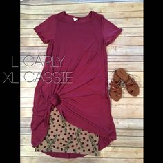 Lularoe flat lay photo. Carly over Cassie. How to / Ways to wear.