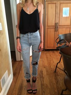 I love the effortless look it gives because of the jeans. I really want a pair of ripped or BF jeans.