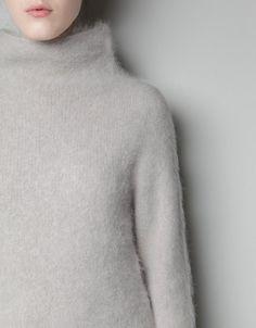 ZARA : angora sweater
