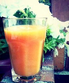 1 papaya 1/4 de piña Zumo de 1 pomelo Zumo de 2 naranjas espinacas