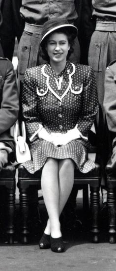 a young Queen Elizabeth