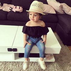New baby fashion toddlers girl outfits ideas Cute Baby Girl Outfits, Toddler Girl Outfits, Cute Baby Clothes, Baby Girl Dresses, Cute Kids Fashion, Little Girl Fashion, Toddler Fashion, Outfits Niños, My Baby Girl