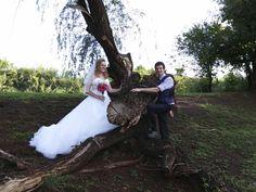 Chantal en Juandre De Bruin Wedding Dresses, Fashion, Bride Dresses, Moda, Bridal Gowns, Fashion Styles, Weeding Dresses, Wedding Dressses, Bridal Dresses
