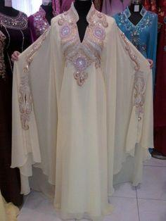 New Beautiful Ladies Dubai Kaftan Farasha Jalabiya Embroidery Abaya. Material: Pure Polyester Georgette for Main caftan. Arab Fashion, Islamic Fashion, Muslim Fashion, Fashion Beauty, Evening Gowns With Sleeves, Evening Dresses, Prom Dresses, Bride Dresses, Abaya Style
