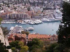 France-Nice: Castle Hill, great view up the hill and a lot of places to walk around within the area