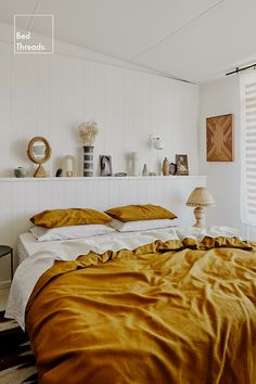 Searching for bed styling ideas? Look to bold coloured bed linen to elevate your bedroom. Layer hues of White and Turmeric in our 100% French flax linen for a luxe bedroom that's sure to get compliments. Room Ideas Bedroom, Bedroom Decor, Bed Linen Sets, Linen Duvet, Up House, My New Room, Decoration, Bedding Sets, Interior Design