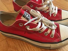 df10f3628817f CONVERSE ALL-STAR Ox Low Top Red Chuck Taylor Shoes Mens 5 Womens 7 GUC  Used  Converse  AthleticInspired