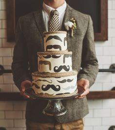 mustache cake,