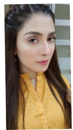 Weeding Makeup, Ayeza Khan, Aiman Khan, Attractive Girls, Stylish Girl Pic, Hair Affair, Pakistani Actress, Beautiful Hijab, Girls Dpz