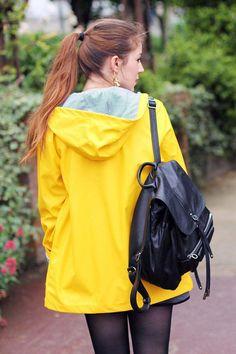 Raincoats For Women Shops Code: 4194428135 North Face Rain Jacket, Rain Jacket Women, Green Raincoat, Hooded Raincoat, Hooded Cloak, Raincoats For Women, Jackets For Women, Rainy Day Fashion, Rubber Raincoats