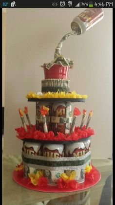 Idea for birthday! Stuff candy, gift cards, lotto tickets, etc. Creative Money Gifts, Creative Birthday Gifts, Money Creation, 21st Birthday Presents, Money Bouquet, Cake In A Can, Cha Bar, Money Cake, Sweet 16 Gifts