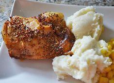 Rosemary Chicken Recipe Cuartos de pollo - al horno Easy Chicken Recipes, Easy Dinner Recipes, Great Recipes, Favorite Recipes, Frugal Meals, Easy Meals, Good Food, Yummy Food, Rosemary Chicken