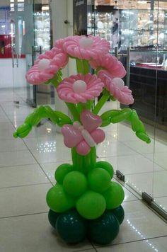 Flowers Bouquet Birthday Parties 20 New Ideas Balloon Flowers, Balloon Bouquet, Paper Flowers, Pink Flowers, Ballon Decorations, Diy Birthday Decorations, Balloon Columns, Balloon Arch, Balloon Crafts