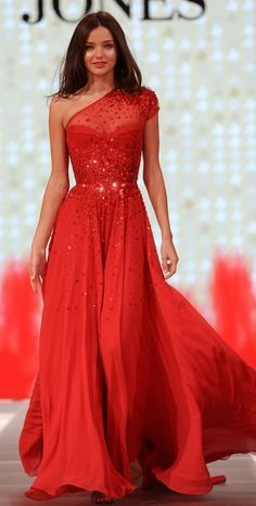 Sparkle red long evening dress.