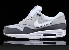 size 40 d0cfd fbb77 Nike Air Max Grey on grey