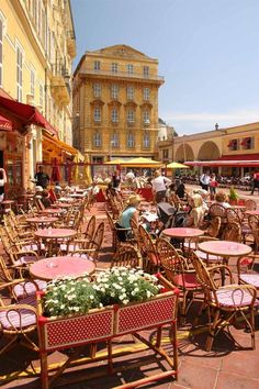 Le vieux Nice, Nice, France. This is where my family lives ...