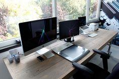 Freelance Workstation by Philo01, via Flickr MINIMALISM