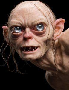 Gollum in 'Lord of the Rings' Funny Caricatures, Celebrity Caricatures, Des Femmes D Gitanes, Cute Cartoon, Cartoon Art, Arte Alien, New Line Cinema, San Diego Comic Con, Dark Fantasy Art