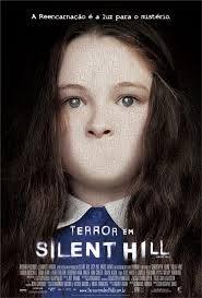 Em Terror Em Silent Hill Rose da Silva (Radha Mitchell) é uma mulher atormentada, já que sua filha Sharon (Jodelle Fernand) está morrendo de uma doença fatal. Contrariando seu marido, Rose decide levá-la a uma cidade que sempre menciona em seus sonhos quando está sonâmbula.
