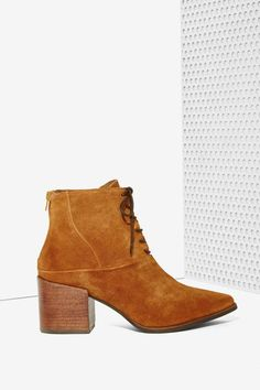 Matisse Vixen Lace-Up Leather Boot