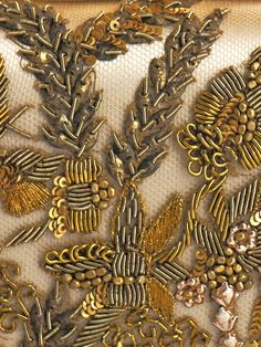 gold embroidery by TamidP Tambour Embroidery, Couture Embroidery, Types Of Embroidery, Gold Embroidery, Embroidery Patterns, Crazy Quilting, Bordados E Cia, Lesage, Gold Work
