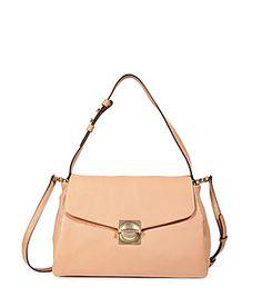 Lässig über der Schulter oder elegant in der Hand - die Leder-Bag von Marc by Marc Jacobs überlässt uns die Entscheidung #Stylebop