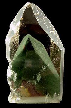 Quartz with Phantom from Minas Gerais, Brazil. / Mineral Friends <3