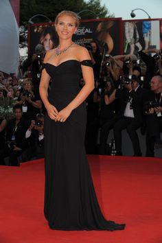 Versace Scarlett Johansson Festival Venecia look