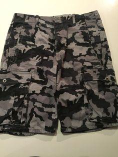 2b2a23d1a5 Levi s Short For Men Army Camouflage Size 31 Waist  Levis  CarpenterUtility  Levis