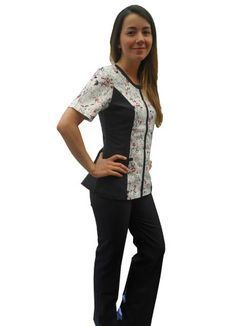 Uniformes Clinicos para Enfermeras Doctoras Matronas Nutricionistas Scrubs Uniform, Sleeve Designs, Ideias Fashion, Look, Fashion Beauty, Medical, Suits, Denim, My Style