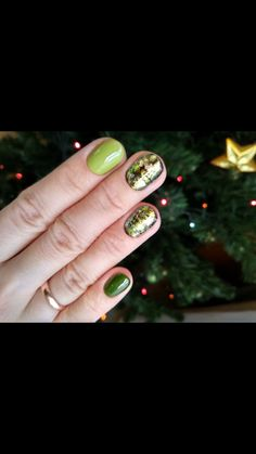 #маникюр #зеленыйманикюр #nails