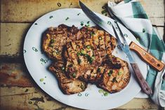Le Coup de Grâce - If I were you, I'd undo my belt right now… Pork Recipes, My Recipes, Pork Chops, Recipe Box, Tandoori Chicken, Steak, Bbq, Ethnic Recipes, Gisele