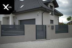 Minimalist aluminum fence in dark grey - Modern Design House Fence Design, Exterior Wall Design, House Outside Design, Front Gate Design, Door Gate Design, House Paint Exterior, Gate Designs Modern, Modern Fence Design, Narrow House Designs