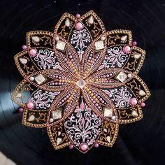 Best 11 / bejeweled decorative plate / – Page 399835273152192837 – SkillOfKing.Com