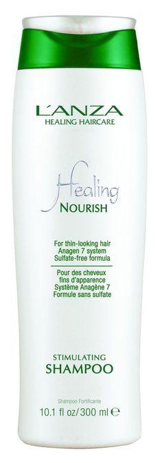 L'ANZAs Nourish Stimulating Shampoo ist für alle Arten von Haarausfall geeignet und hilft das gesunde Haarwachstum zu fördern. Dank der reichhaltigen, sulfatfreien Inhaltsstoffe werden überschüssige Rückstände sanft entfernt. Bei regelmäßiger Anwendung sieht das Haar fülliger, gesund und glänzend aus. Preis: 28,90 € / 300ml