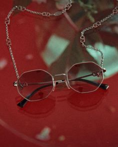 The universe: unknown and oversized, full of the elements and of surprises. A surreal narrative takes hold for #ValentinoEyewear, featuring three new shapes, highlighted by iconic details of the Maison. Film directed by Vitali Gelwich.