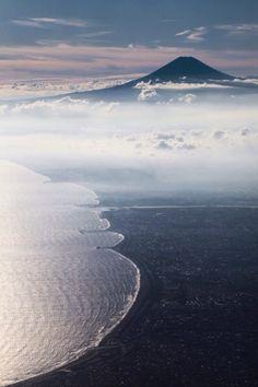 inkytasty: zekkei-beautiful-scenery: Mt.Fuji Japan 富士山 日本の絶景...