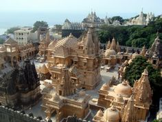 Palitana is a city in Bhavnagar district, Gujarat, India. It is located 50 km southwest of Bhavnagar city .