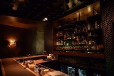 Versteck Dich vor Touristen in diesen Bars, die häufig nicht einmal die Einheimischen kennen.