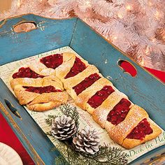 Cherry Candy Cane Coffee Cake Ingredients 3 ounce) Packages Refrigerated Crescent Roll Dough 21 Ounce Can Cherry Pie Filling 8 oz. Vanilla or Almond Extract (Makes two candy cane coffee cakes. Christmas Brunch, Christmas Appetizers, Christmas Breakfast, Christmas Goodies, Christmas Desserts, Christmas Baking, Christmas Treats, Holiday Treats, Holiday Recipes