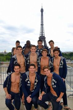 Momentarily forgot everything i was thinking about when i saw this :) paris+hot men= happy me