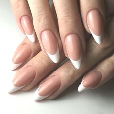 Beautiful and Simple-Oval French Nail-New Ideas - simple oval french nail Beautiful and Simplistic-Oval French Nails Beautiful and Simplis - Nude Nails, Aycrlic Nails, Nail Manicure, Perfect Nails, Gorgeous Nails, Pretty Nails, French Nails, Cute Acrylic Nails, Classy Nails