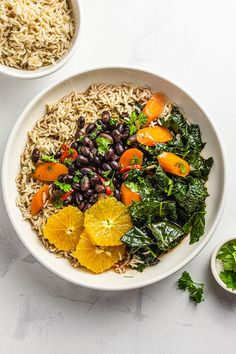 Inspired by the classic Brazilian black bean stew recipe, we made our vegan feijoada with black kale and carrots — all served with brown rice and oranges. vegan feijoada,brazilian rice and black beans,feijoada brazilian black bean stew,brazilian black bean soup #vegan #govegan #dairyfree #glutenfree #recipe #cooking #food Tasty Vegetarian Recipes, Vegan Meals, Healthy Recipes, Dried Black Beans, Dried Beans, Black Bean Stew, High Fibre, High Fiber Foods