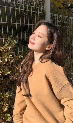 Nayeon, K Pop, Kpop Girl Groups, Korean Girl Groups, Kpop Girls, Fandom, Rapper, Twice Korean, Sana Momo