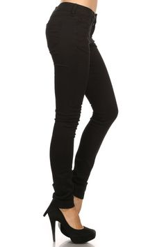 Description: 5 pocket basic skinny pants with button fly. Cotton twill 295 GSM. 97%COTTON 3%SPANDEX Made in Cambodia