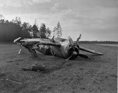 "Missed landing for Grumman F6F ""Hellcat"" - BFD"
