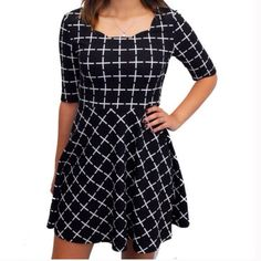 Relished Check on Me Dress Super cute dress with beautiful scalloped neckline that can be worn all year round! Comfortable and Classic!  100% polyester  Made in Vietnam Other sizes available- comment if interested Relished Dresses