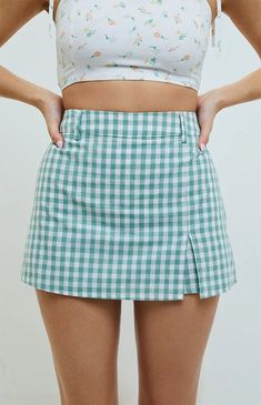 Embrace new prints in the Gingham Skort from our very own LA Hearts. This super cute skort has belt loops for easy styling, slit at the front hem, and an elasticized back waistband. Cute Skirt Outfits, Cute Teen Outfits, Cute Skirts, Pretty Outfits, Girl Outfits, Mini Skirts, Fashion Outfits, Stylish Outfits, Beautiful Outfits